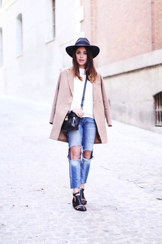 Le-Fashion-Blog-Barcelona-Blogger-Style-Fedora-Hat-Ripped-Knee-Jeans-Cut-Out-Boots-2014-2