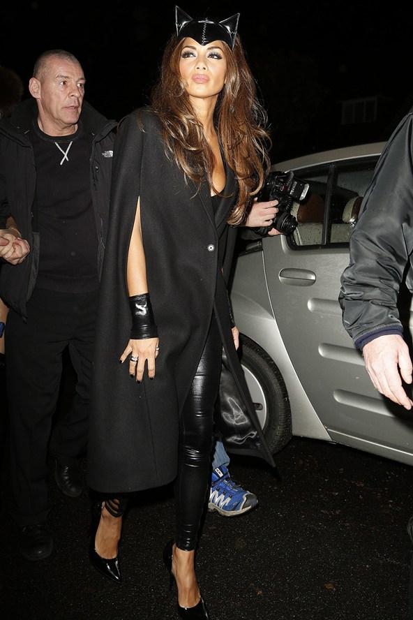 Nicole-Scherzinger_glamour_1november13_wen_b_592x888